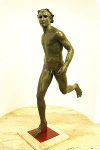 Statue of my friend from the Athens Museum of Bizarre Art (to scale). Courtesy: Wikimedia Commons, Public Domain